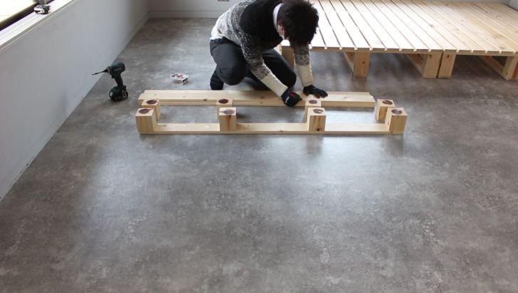 ヘッドボードの土台を作る
