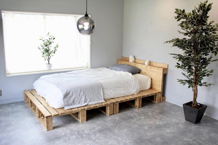自作のパレットベッド完成