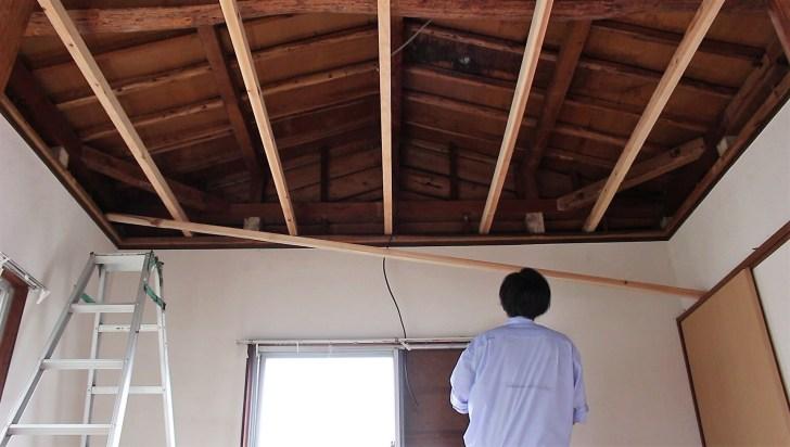長く切りすぎて天井に入らなかった野縁