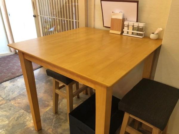 牛たん専門店 大阪屋のテーブル席は1席