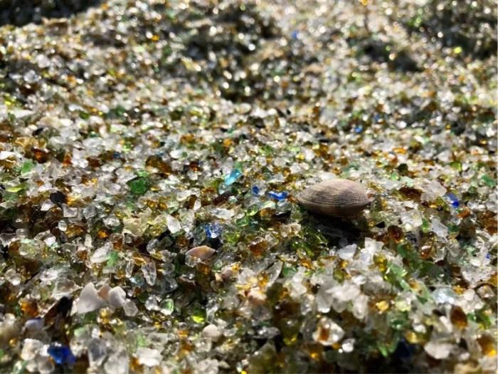 長崎の大村にある「ガラスの砂浜」が綺麗すぎる