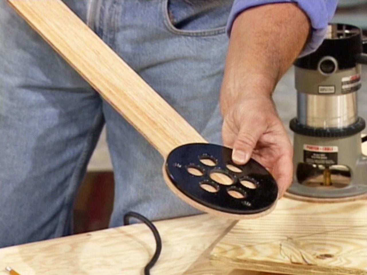 How To Cut A Perfect Circle In Wood With A Dremel