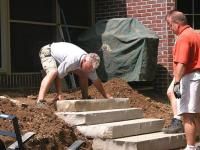 How to Build a Retaining Wall with a Terrace