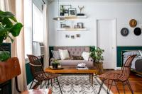 12 Clever Ideas for Laying Out a Studio Apartment | HGTV's ...