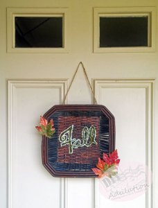 You won't believe how easy this DIY rustic fall wreath is to make! Check out the before and after!