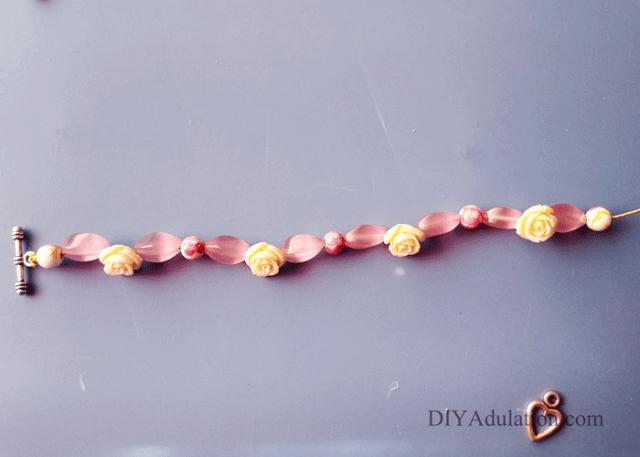Pattern of beads on a bracelet