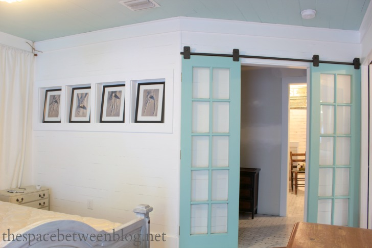 16 Awesome DIY Barn Door Projects That Will Enhance The
