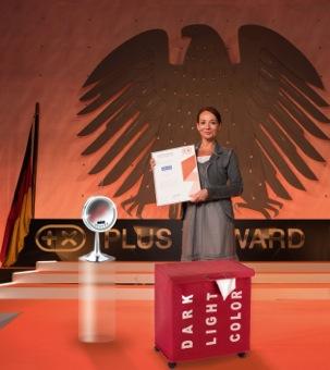 Katharina Niedballa, direzione marketing della Wenko riceve il certificato Plus X Award
