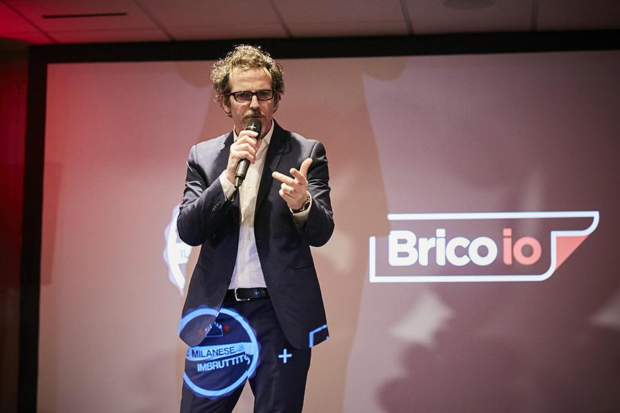 Il comico-intrattenitore Germano Lanzoni - Bricoio e la festa dei 30 anni