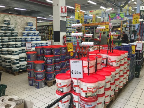 Il negozio Self Italia di Asti
