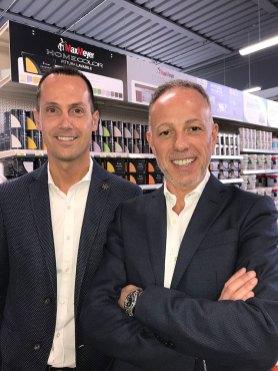 Leonardo Loddi, titolare dell'omonima ferramenta e Giovanni Todaro, direttore commerciale FDT Group