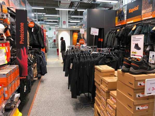 Il nuovo corner abbigliamento da lavoro e DPI