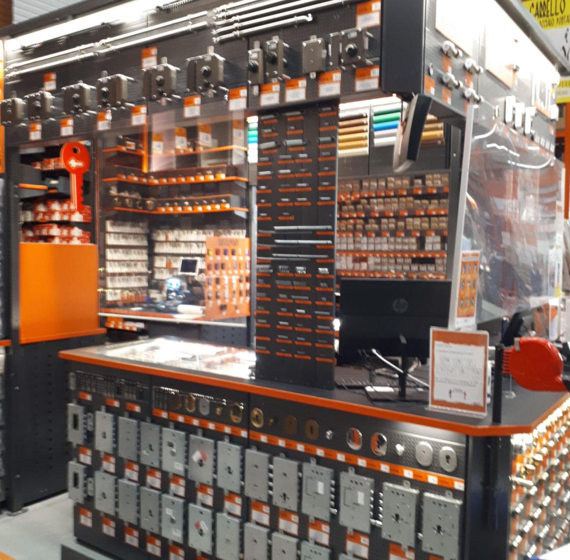 Bricoman: negozio di Pero (Mi)