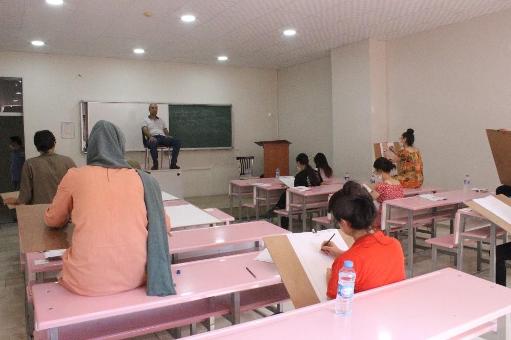 DÜ resim öğretmenliği bölümü özel yetenek sınavı yapıldı
