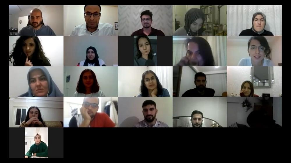 DÜ'de öğretmen ve öğretmen adaylarına dijital seminer düzenlendi