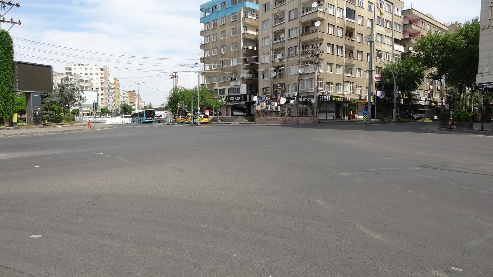 Tam kapanmanın son gününde de Diyarbakır'da sessizlik sürüyor