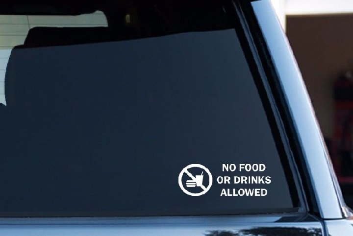 No food and drinks in car