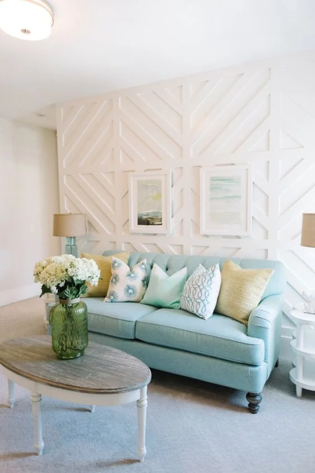 The pure simplicity of this room makes me feel so much at ease. I wish my home looked like this!