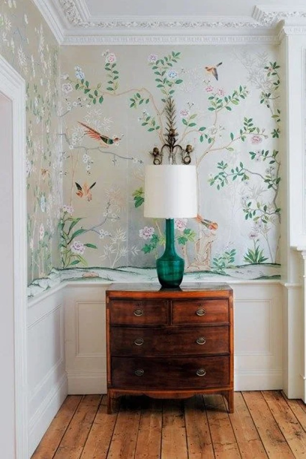 This bird wallpaper is so beautifully designed, I seriously want this!