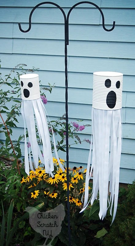 DIY Tin Can Ghost Halloween Front Yard Decor