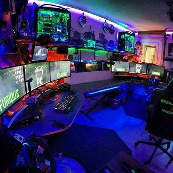 Multiple Gamer Household Room Setup