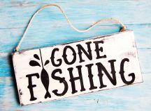 Gone Fishing Mini Wood Sign - diycandy.com