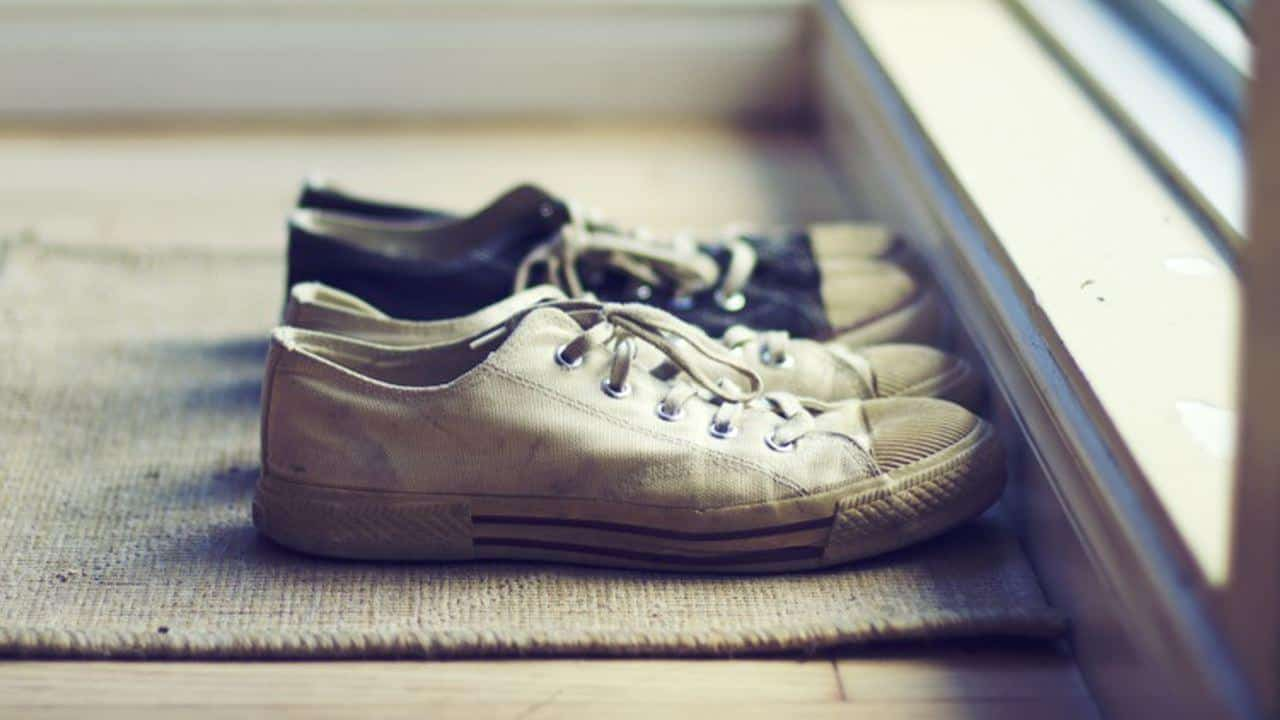 Do You Remove Your Shoes Every Time You Return Home Diy