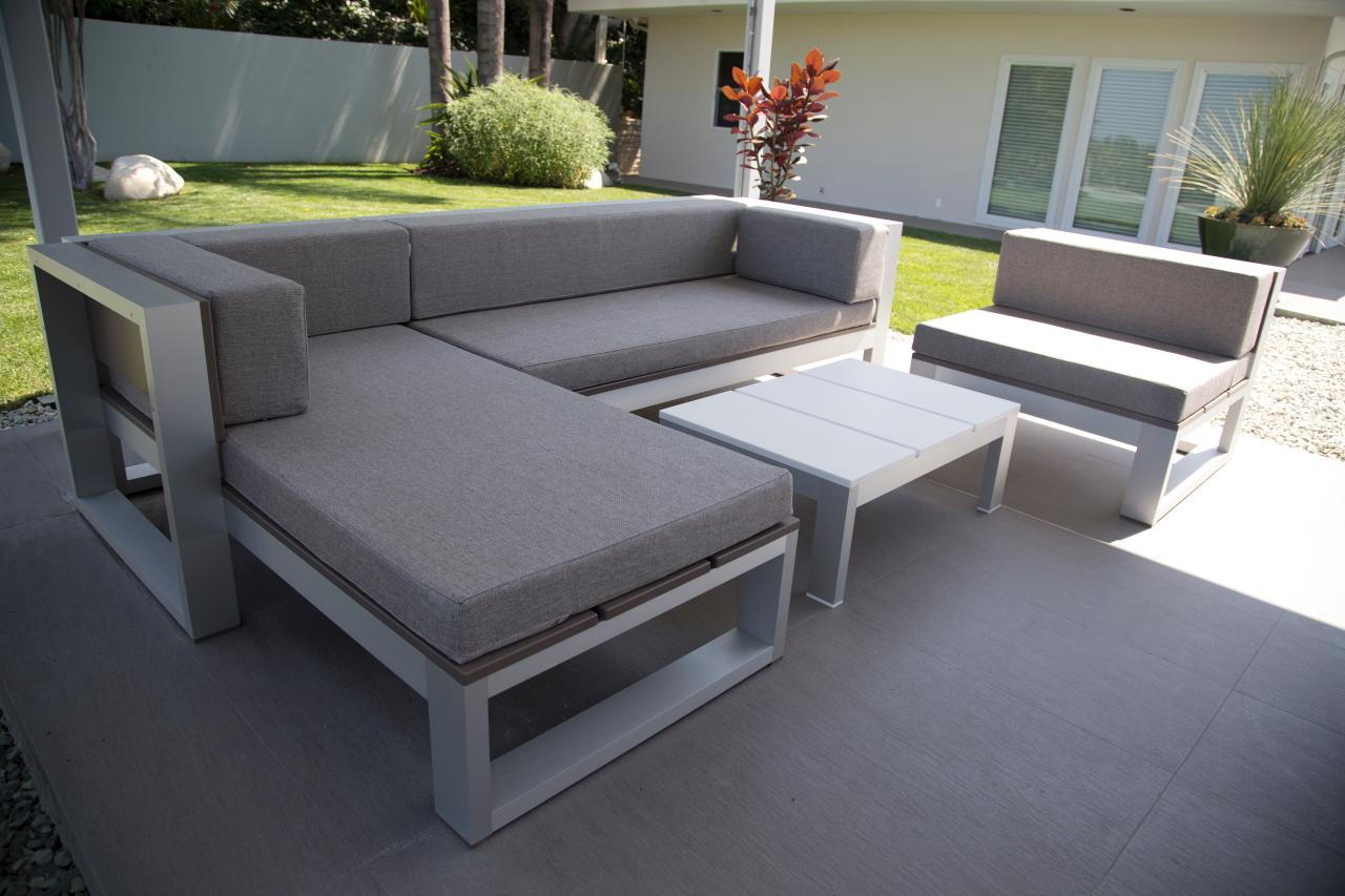 build outdoor sectional sofa century sofas loveseats this is relaxing 18 diy furnitures recycled