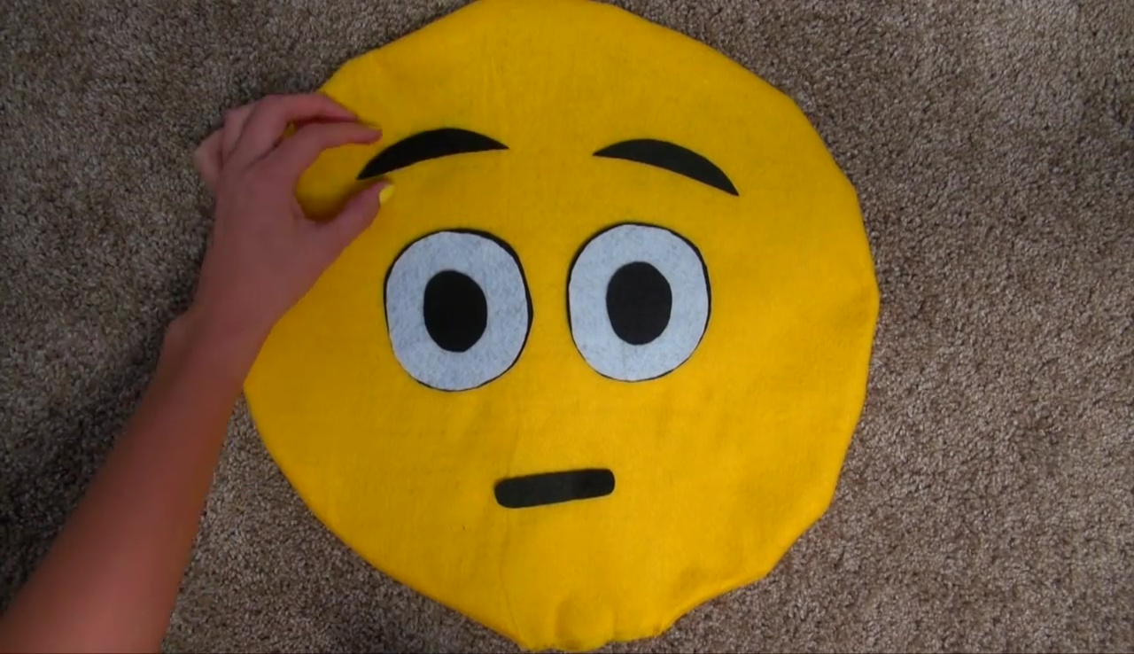 DIY Emoji Pillows 2 No Sew and Sew  Glue Method With