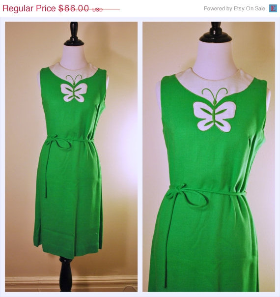 55% OFF SALE 60s Vintage Dress -Kelly Green Dres – St Patrick's Day Green Small Vintage Dress by WayfaringMagnolia