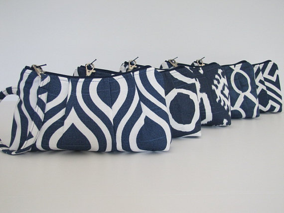 Bridesmaid Gift Set of 6 Navy Wristlet Clutch, Bridesmaid Gift Idea, Maid of Honor – Customize by maddiekayhandbags