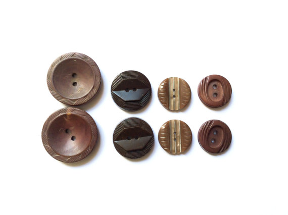 8 Vintage Buttons, Brown Mix Set Buttons by TheBlingBazaar