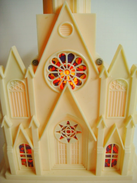 Raylite Electric Musical Church – Lighted Musical Church by Kleymannscloset