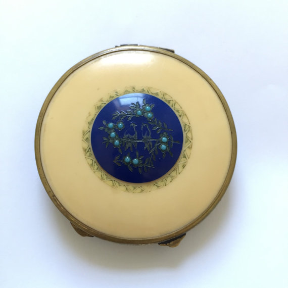 1930s Celluloid Compact with Bird Design by tangerinevintage