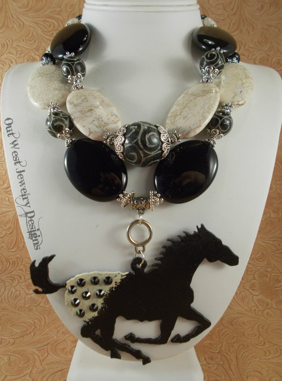 Western Cowgirl Necklace Set – Chunky White Turquoise and Black Agate – Appaloosa Horse Pendant by Outwestjewelry