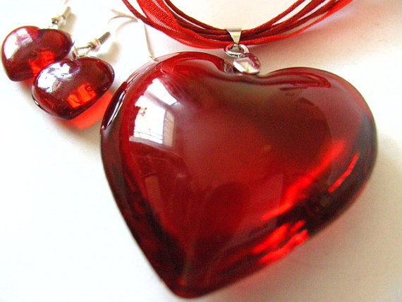 Huge, RED, love heart, pendant, necklace, glass, Valentine, by NewellsJewels on etsy by NewellsJewels