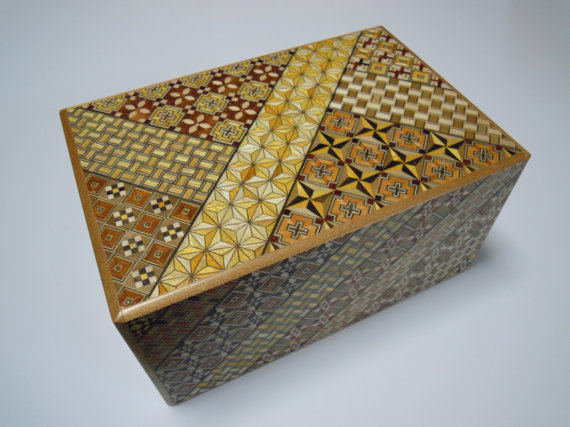 Japanese Puzzle box (Himitsu bako) – 7sun (210mm / 8.2inch) 12 steps Yosegi by tomomaru