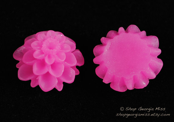 Bright Pink Spring Mum Bloom Flower Cabochon 6pcs by shopgeorgiamiss