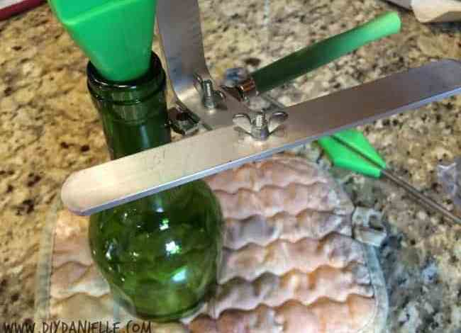 How to Cut a Wine Bottle with Less Mess