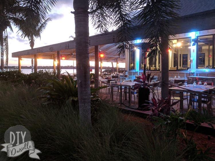 Soleil area: photo at night.