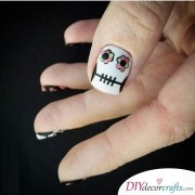 easy and creative halloween nail