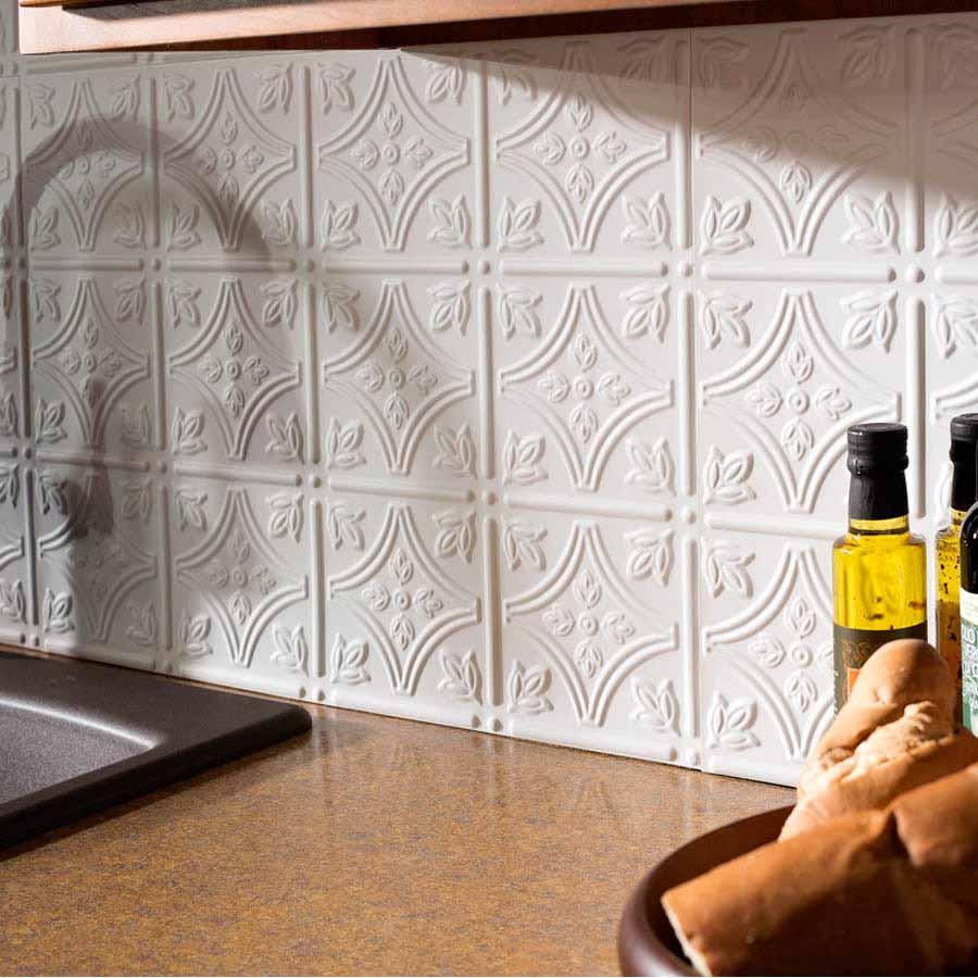 Fasade Backsplash - Traditional 1 in Matte White
