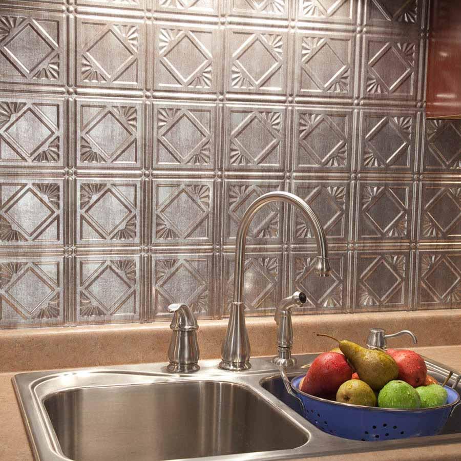 Fasade Backsplash - Traditional 4 in Crosshatch Silver