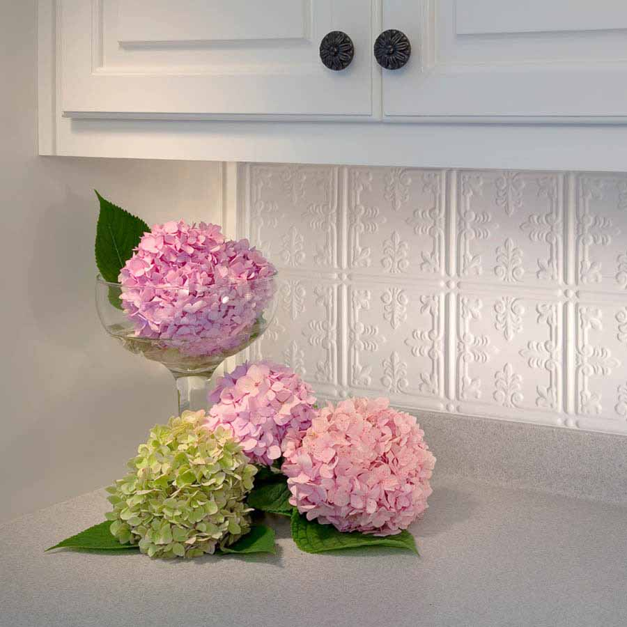 Fasade Backsplash - Traditional 10 in Gloss White