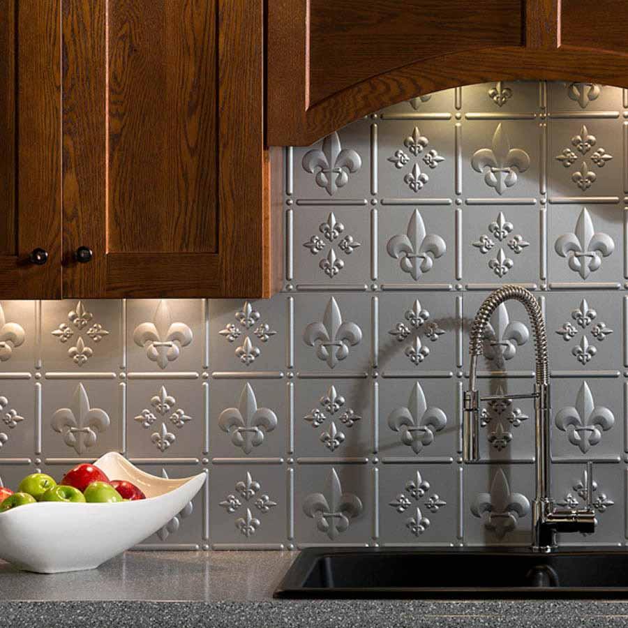 Fasade Backsplash - Fleur de lis in Argent Silver