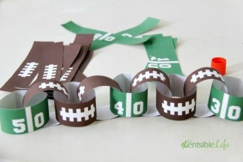 Super Bowl Party:  Paper Football Chain