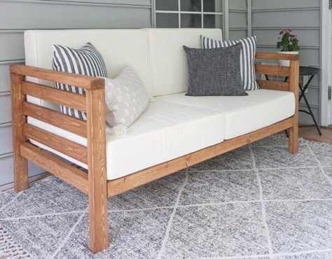 DIY Outdoor Projects: build patio furniture.
