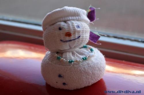 sneeuwman sok maken