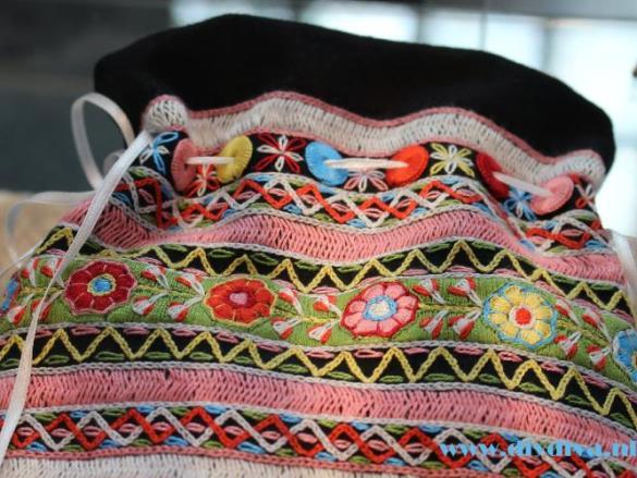 Folklore borduren