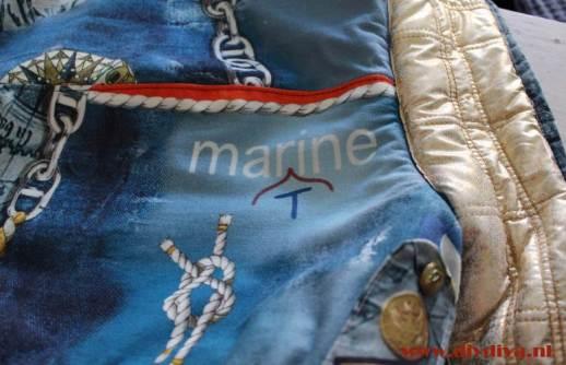 zelfgemaakte jas marine stof diydiva